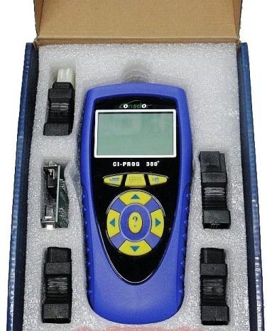 国产二代汽车钥匙匹配仪高清图片